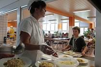 Město zrekonstruovalo školní jídelnu