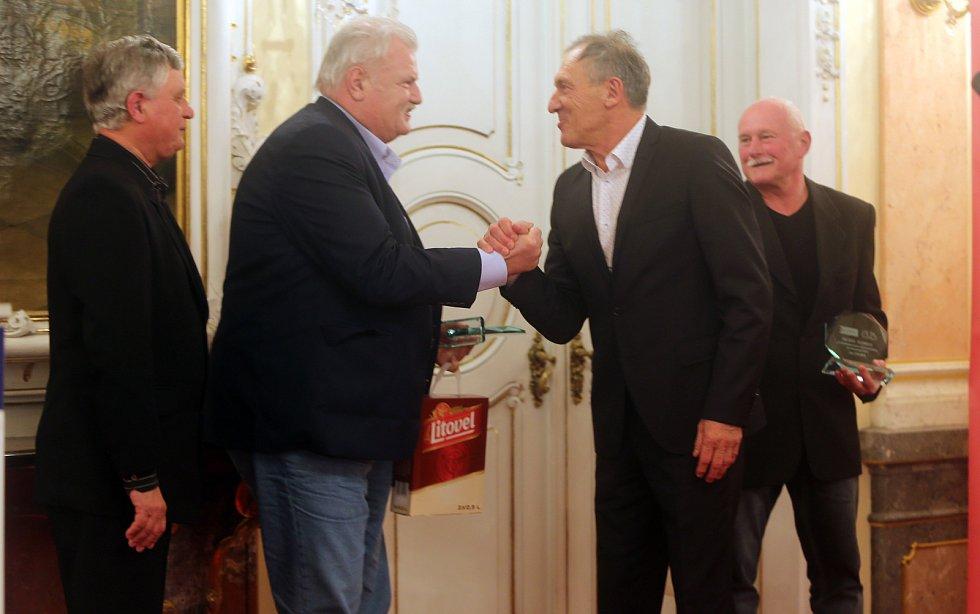 Jiří Vít (druhý zprava)