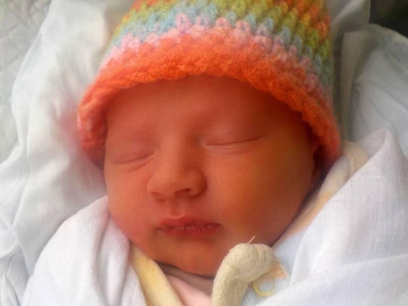 Eliška Šenková, Drahany, narozena 26. září 2021 v Prostějově, míra 47 cm, váha 2250 g