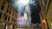 Ohňostroj k výročí 100 let republiky v Olomouci na Horním náměstí