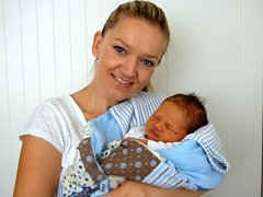 Viktor Fritscher, Přerov, narozen 19. srpna v Olomouci, míra 52 cm, váha 3710 g.