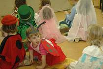 V Domě dětí a mládeže na Janského ulici v Olomouci upořádali Pohádkový karneválek.