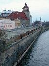 Koryto Moravy od mostu na Masarykově třídě směrem k Bristolu. 24.3.2019
