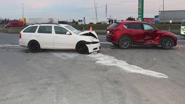Nehoda na silnici 55 u Velkého Týnce, 22. listopadu 2020