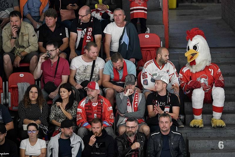 Utkání 1. kola hokejové extraligy: HC Olomouc - BK Mladá Boleslav, 10. září 2021 v Olomouci. Fanoušci, diváci.