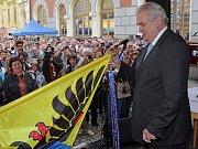 Vlastnoruční podpis Miloše Zemana pod jeho článkem v Technickém magazínu, který jej proslavil.