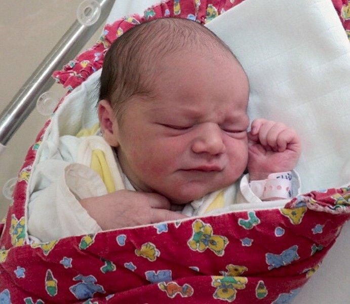 Eliška Vlachová, Střížov, narozena 15. srpna ve Šternberku, míra 49 cm, váha 3610 g