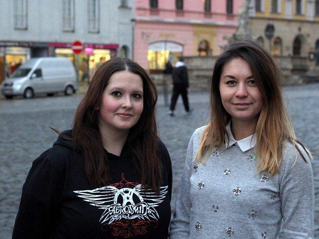 Michaela Sopko (vlevo) a Gabriela Kodysová se pustily do organizace projektu Humans of Olomouc.