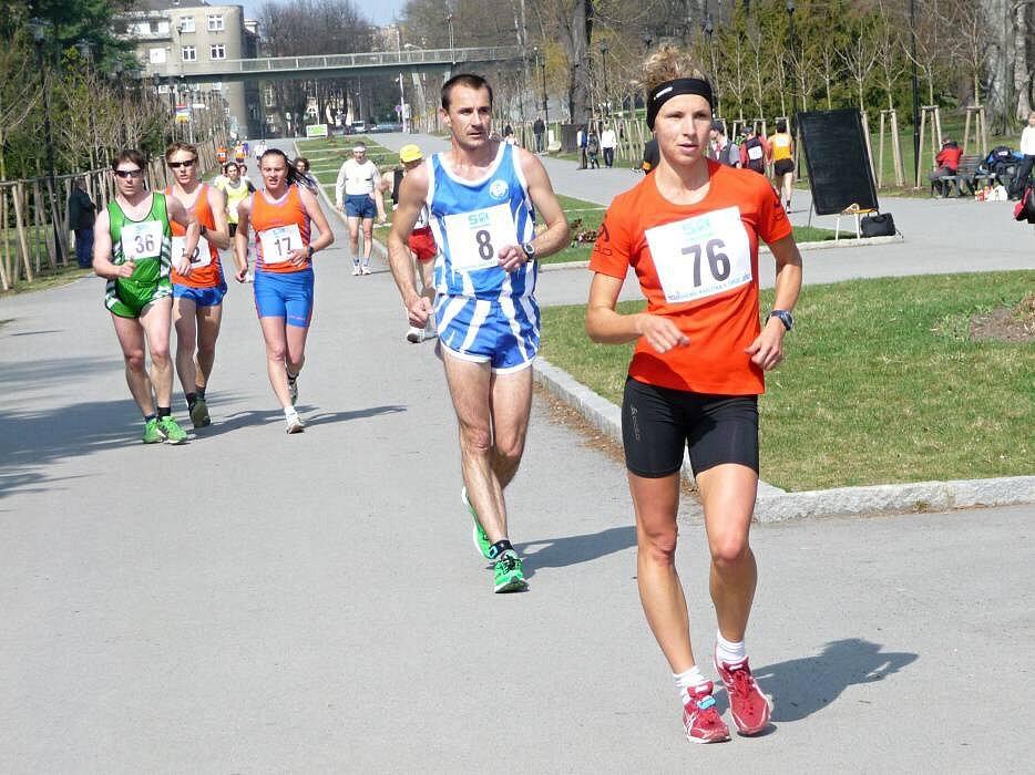 česká reprezentantka Schindlerová  z USK PRAHA  (č. 76)