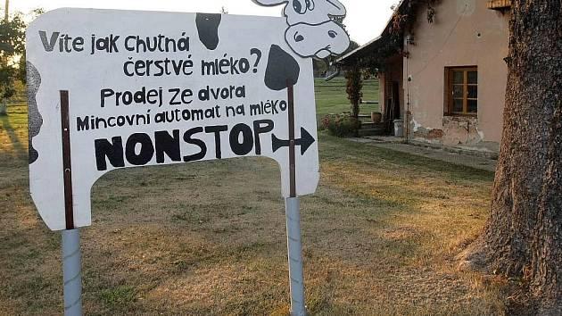 Prodej čerstvého mléko na farmě v Moravském Berouně-Čabové