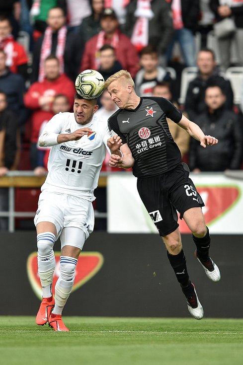 Finále fotbalového poháru MOL Cupu: FC Baník Ostrava - SK Slavia Praha, 22. května 2019 v Olomouci. Zleva Patrizio Stronati a Frydrych Michal.