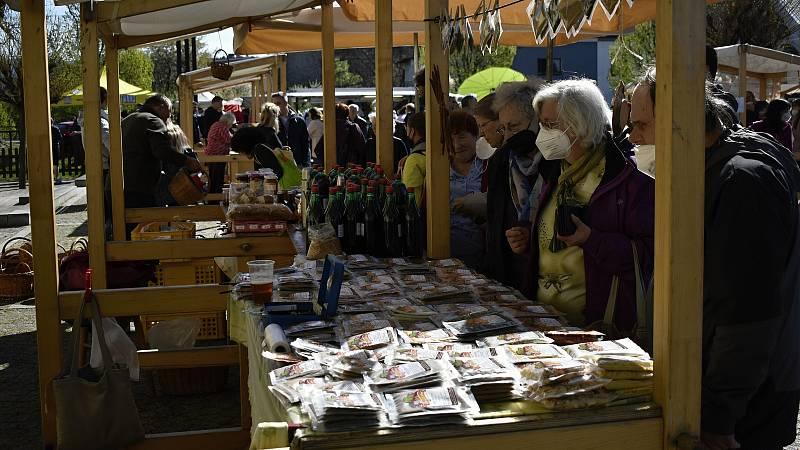 Selské trhy ve Velké Bystřici. 9. 5. 2021
