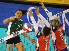 Semifinále Českého poháru: Brno vs. Olomouc.  br-Sajdová a Napolitano ol