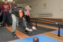 Kuželkářská liga handicapovaných ve Šternberku