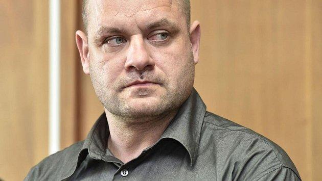 Bývalý německý hokejový reprezentant Daniel Kunce u okresního soudu v Olomouci