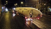 Noční stěhování letadla Tu-104 z Olomouce