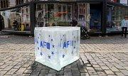 Ledová kostka na Horním náměstí v Olomouci láká na AFO i Floru