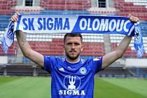 Nová posila Sigmy Olomouc, slovenský záložník Lukáš Greššák.
