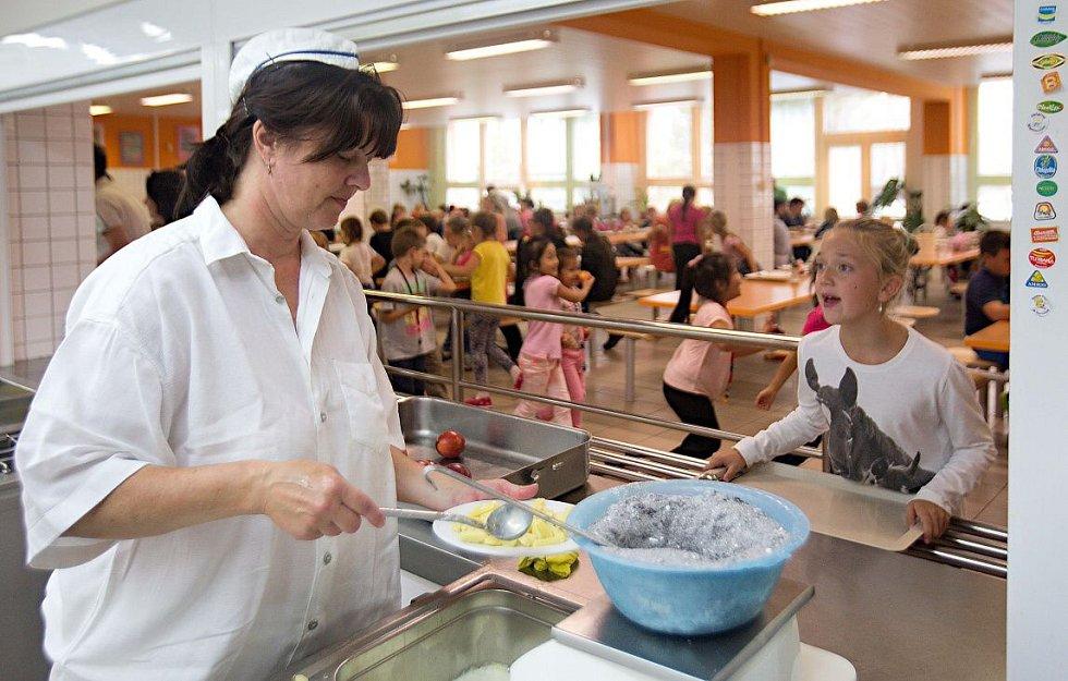 Školní jídelna na ZŠ M. Horákové v Olomouci
