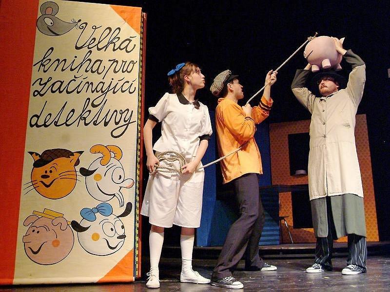 Moravské divadlo uvádí pohádkové představení  o kocouru Vavřincovi.