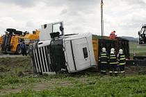 Nehoda kamionu u Mladějovic
