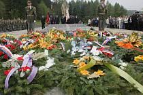 Pietní akt při příležitost 65. výročí vypálení obce Javoříčko německými fašisty na konci II.světové války.