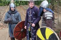 Gunnarslátr - Vikingové na fortu v Křelově