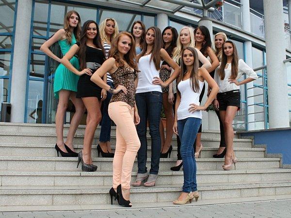 Dvanáctka finalistek soutěže Miss Olomouckého kraje