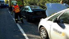 Nehoda zavřela dálnici, bouralo se i na objezdu