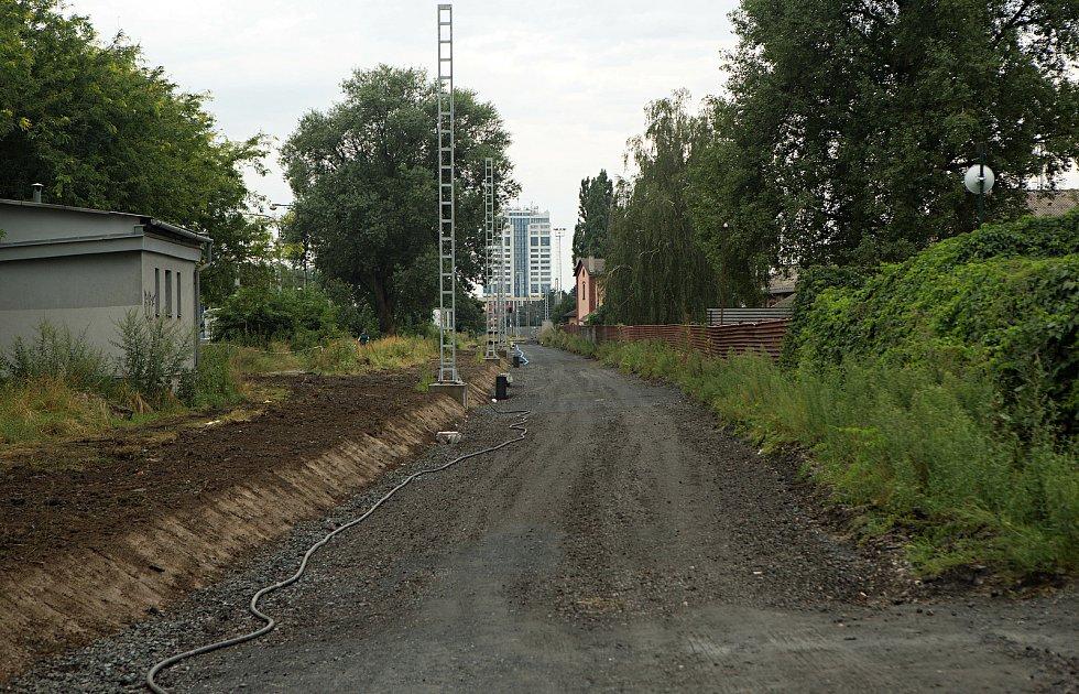 Modernizace regionální trati v Olomouckém kraji.Přejezd Olomouc - Pavlovičky.