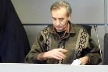 Vítězslav Novák u krajského soudu v Olomouci