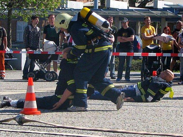 Soutěž Nejtvrdší hasič přežije (TFA) před RCO