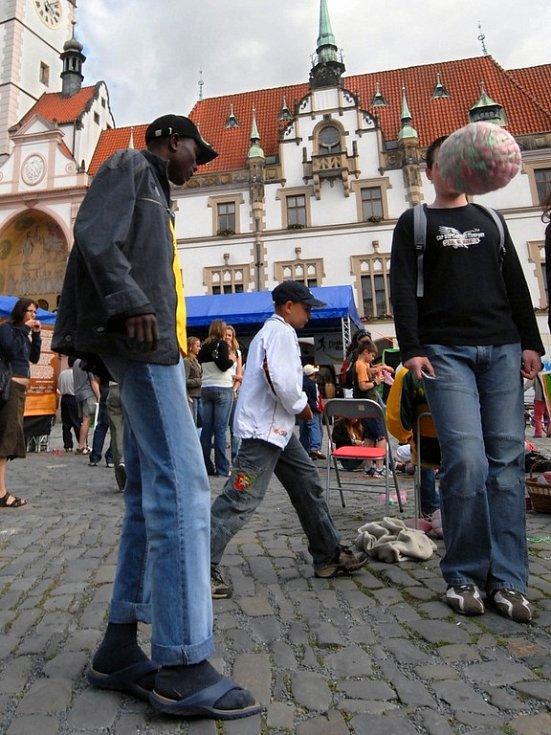 Akce Fotbal pro rozvoj na Horním náměstí v Olomouci.
