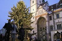 Vánoční trhy v centru Olomouce