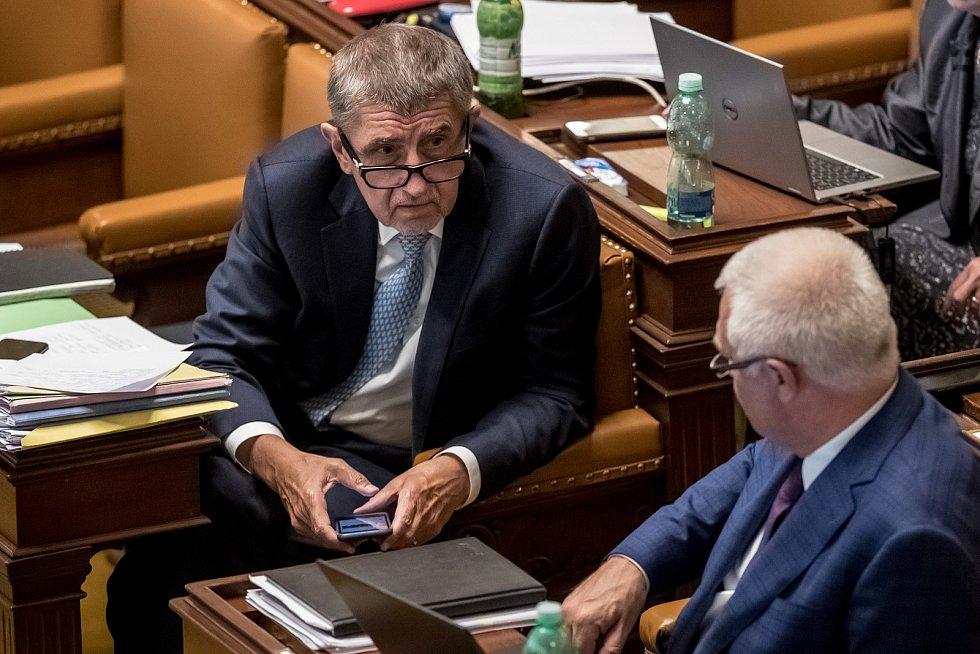 Jaroslav Faltýnek (vpravo) a Andrej Babiš v Poslanecké sněmovně