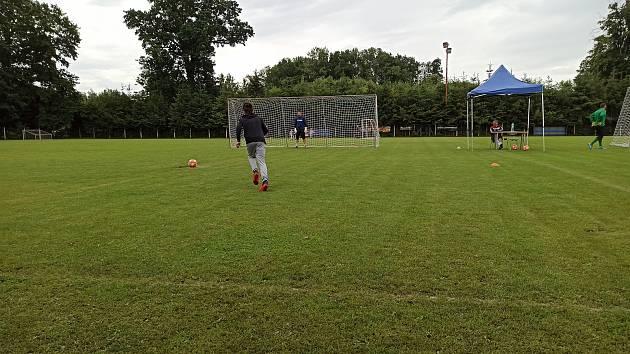 Litovel hostila mistrovství v penaltách. Kopal i starosta Kohout