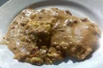Lasagne po italsku ze školní jídelny Gymnázia Hejčín - jedno z jídel obědové nabídky ve středu 18. března vyfocené studenty gymnázia
