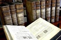 Svazky Pařížské polygloty ve Vědecké knihovně v Olomouci
