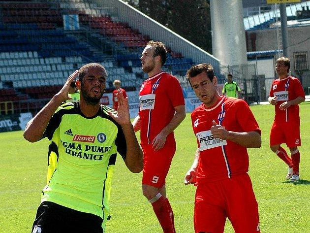 Fotbalisté Sigmy B (v zeleném) proti Líšni