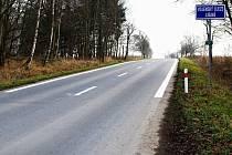 Vyspravená silnice do vojenského újezdu Libavá
