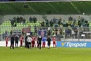 Olomoučtí fotbalisté (v červeném) v sedmém kole HET ligy vyhráli na hřišti Karviné 5:3