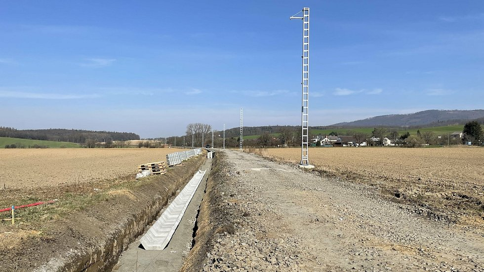 Železniční trať č. 290 v úseku Šternberk–Uničov prochází zásadní přestavbou, Babice, 1. dubna 2021