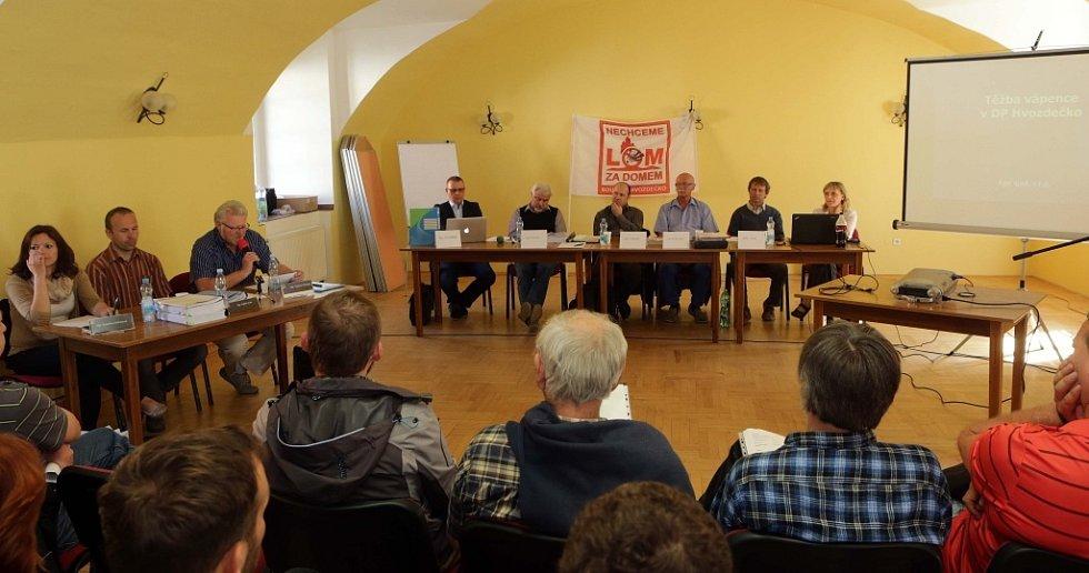 Veřejné projednávání záměru těžby vápence v prostoru Hvozdečko