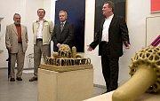 Olomoucká Galerie Caesar slaví 20 let - galerista Miroslav Schubert a tři bývalí olomoučtí primátorové