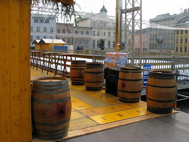 Kluziště na Dolním náměstí je připraveno na otevření