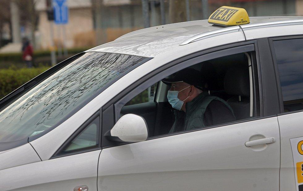 Olomoucké taxi v době covidu