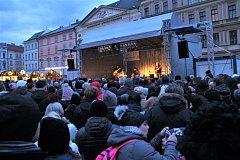 František Nedvěd se skupinou Tie Break zahrál na Horním náměstí v Olomouci od 16 hodin.