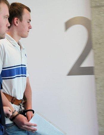 Vít B. ukrajského soudu vOlomouci. Obžalovaný zvraždy mladého muže sedícího na lavičce vLibině