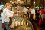 Olomoucký restauratér František Lorenc, jenž dlouhodobě provozuje známou restauraci Drápal
