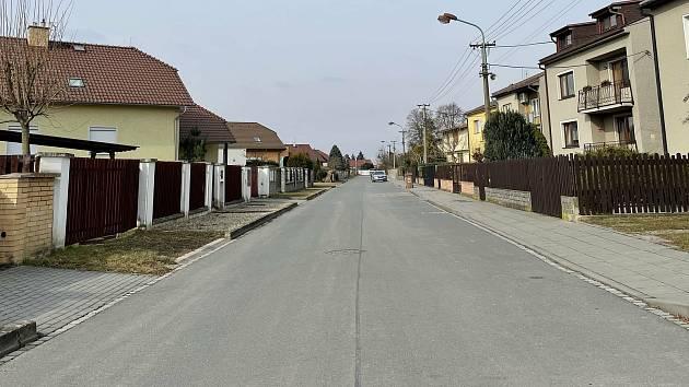 Baarova ulice: vlevo Horka nad Moravou, vpravo Olomouc